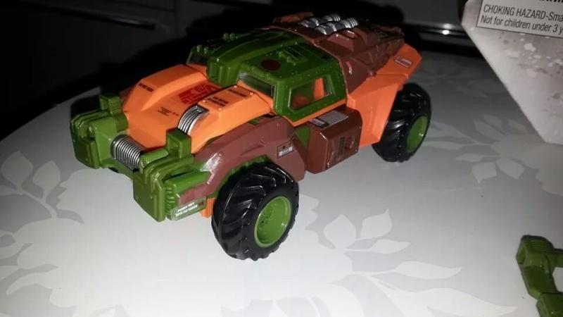 Collection Transformers de sylv1  (AOE, CHUG, TF PRIME, BH, MP, LABELS INDÉS ET G1.. ) Img_9214