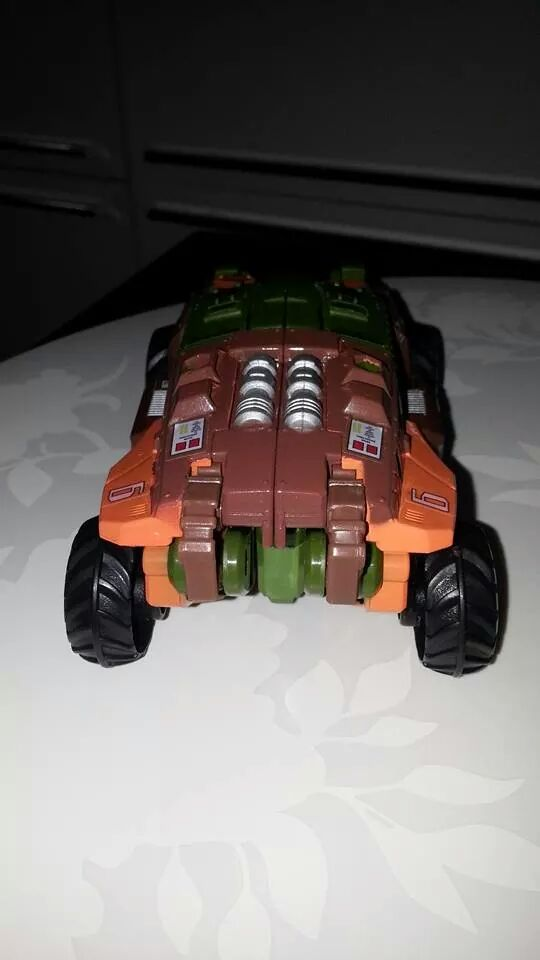 Collection Transformers de sylv1  (AOE, CHUG, TF PRIME, BH, MP, LABELS INDÉS ET G1.. ) Img_9216