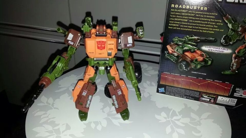 Collection Transformers de sylv1  (AOE, CHUG, TF PRIME, BH, MP, LABELS INDÉS ET G1.. ) Img_9219