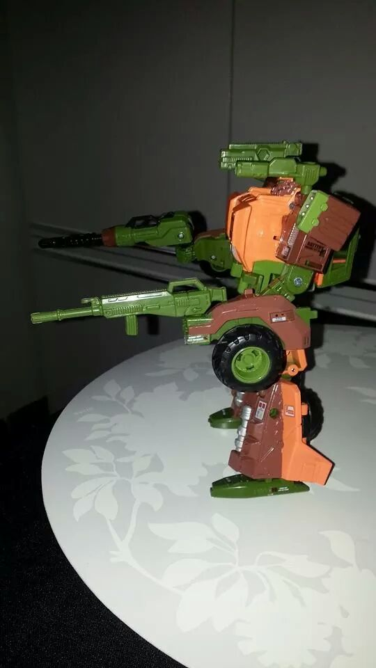 Collection Transformers de sylv1  (AOE, CHUG, TF PRIME, BH, MP, LABELS INDÉS ET G1.. ) Img_9220