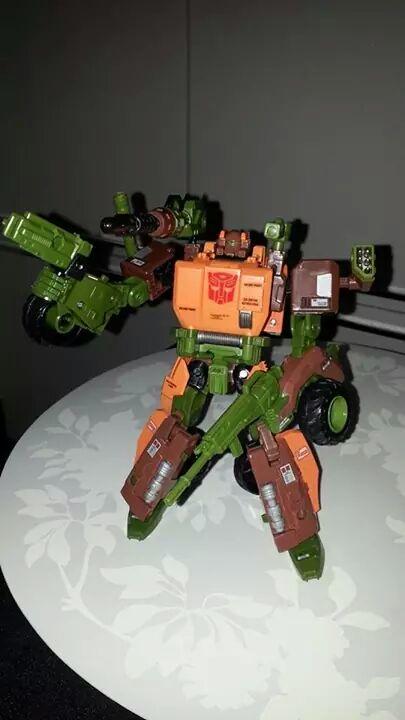 Collection Transformers de sylv1  (AOE, CHUG, TF PRIME, BH, MP, LABELS INDÉS ET G1.. ) Img_9223