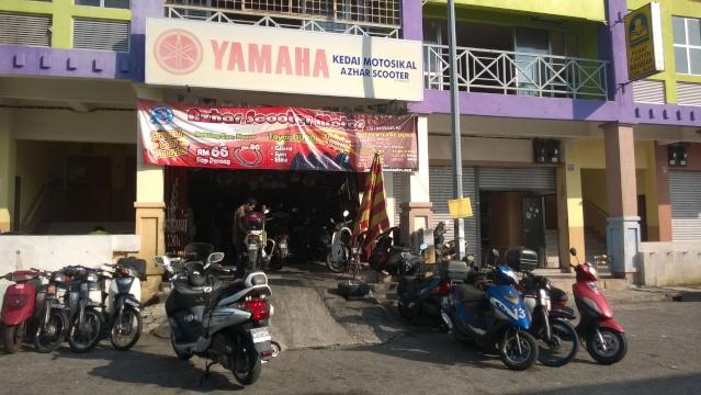 Azhar Scooter - Bandar Tun Hussein Onn Wp_20110