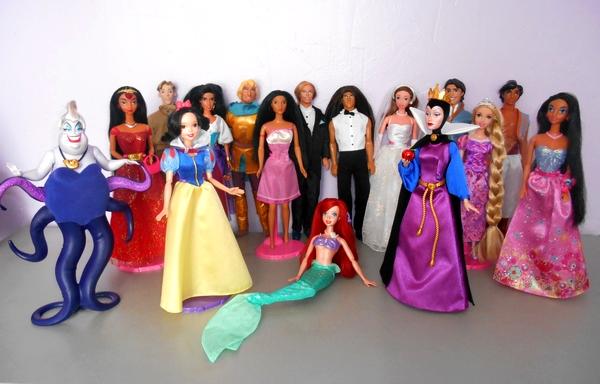 Mes poupées Disney de Mattel Sans_t10