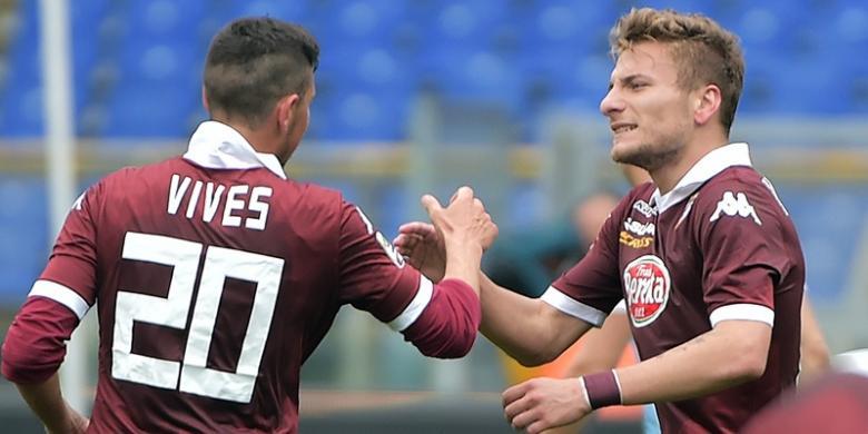 """""""Top Scorer"""" Serie-A Beri Konfirmasi Pindah ke Dortmund 01472310"""