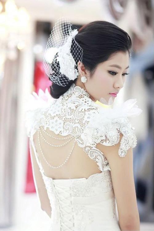 3 kiểu tóc cô dâu  trong ngày cưới 13991113