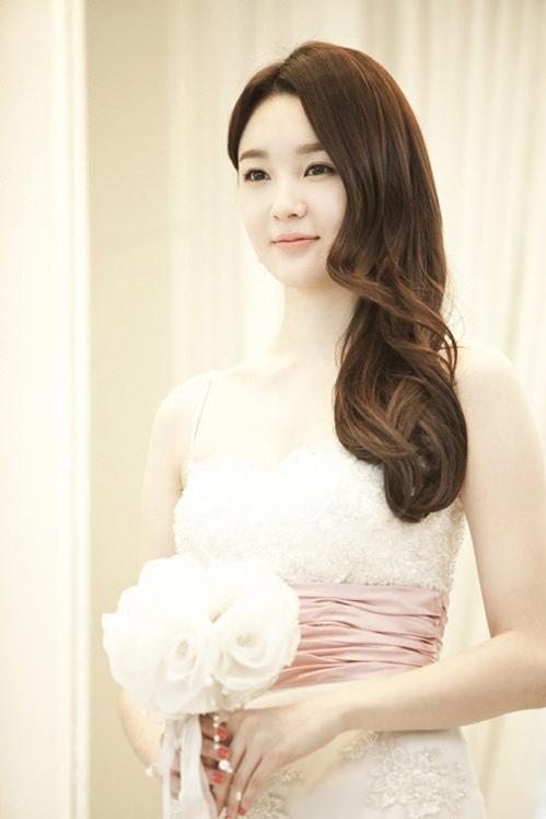 Trang điểm cưới kiểu Hàn Quốc Trang-17