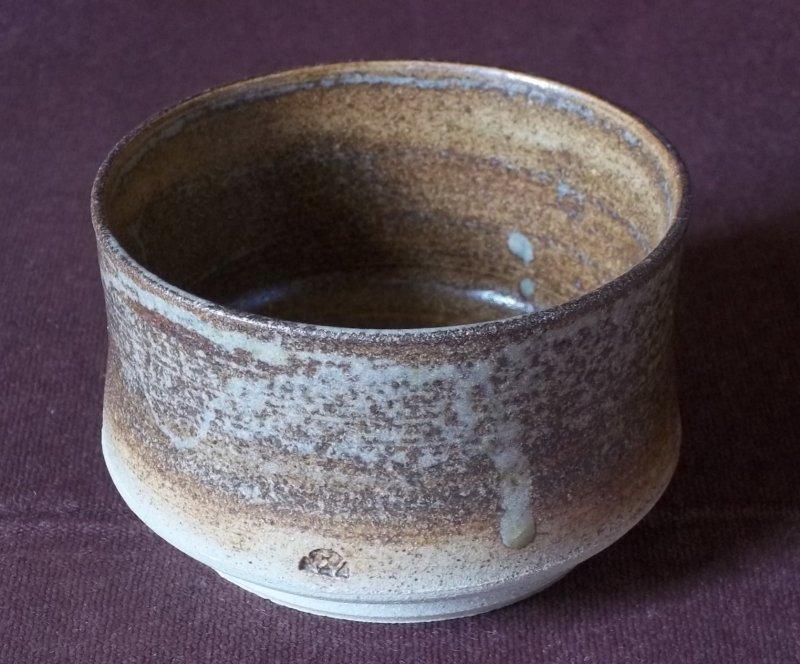 Saltglazed stoneware bowl 100_1756