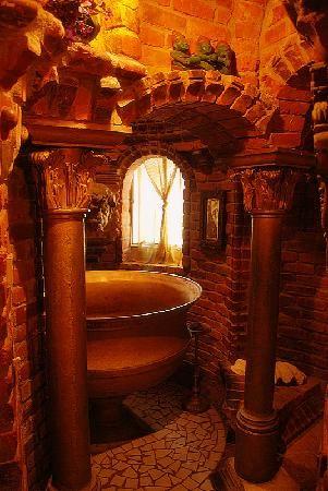 Royal Bathing Room 68f8cb10