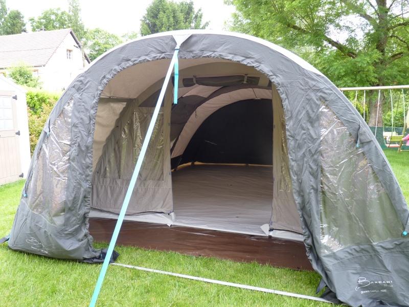 montage tente Bardini Dream Lodge 400 P1020721