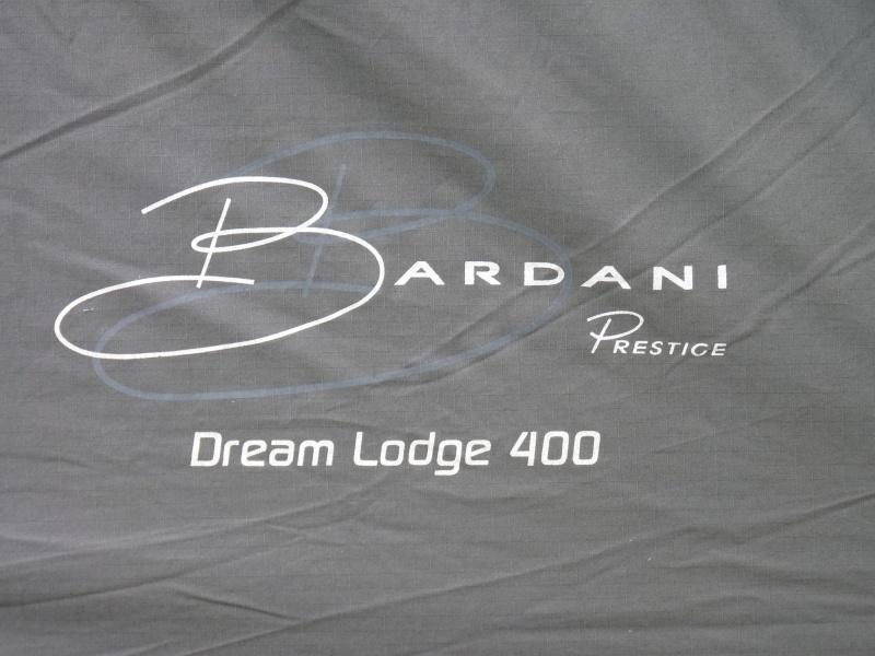 montage tente Bardini Dream Lodge 400 P1020730
