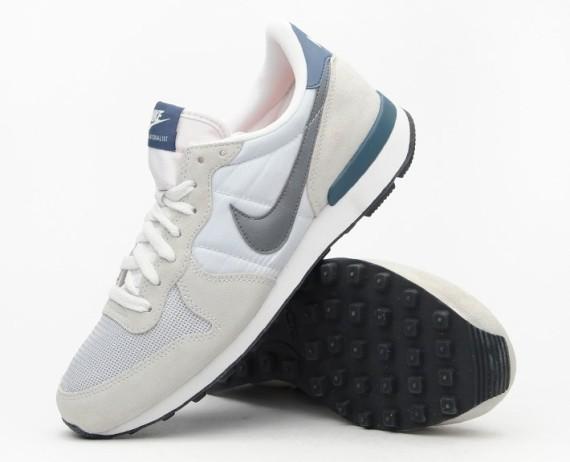first rate 3f968 a62df RELEASE   Nike Internationalist – Base Grey Nike-i11