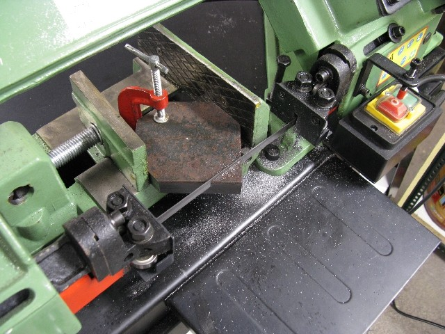 Modification chariot porte-outils. 15495211