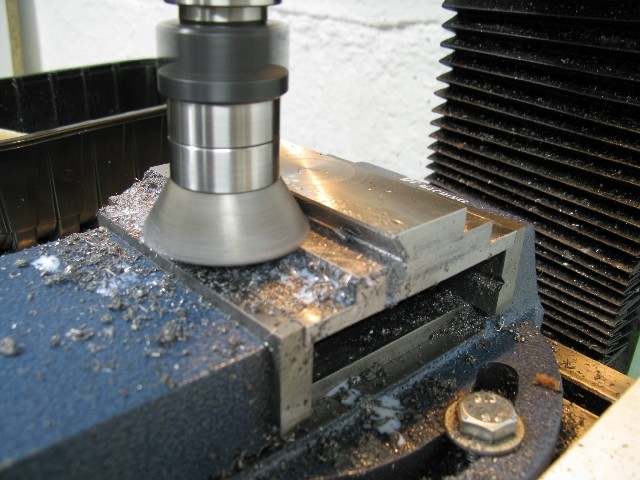 Modification chariot porte-outils. 15505710