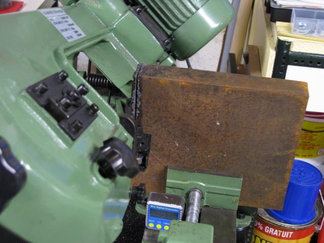 Augmenter la capacité d'une scie à ruban pour le métal. Scie0310