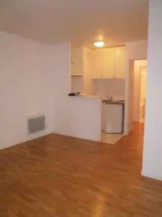 Idée aménagement d'un espace séjour, salle à manger, et coin bureau B4379212