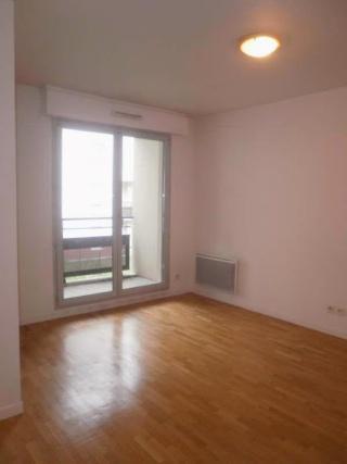 Idée aménagement d'un espace séjour, salle à manger, et coin bureau E1c24312