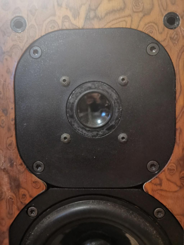 Acustik Lab Bolero Grande Floorstands and Stella Centre Speakers Img_2082