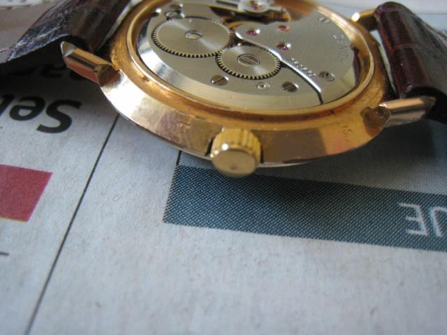 vulcain - [Postez ICI vos demandes d'IDENTIFICATION et RENSEIGNEMENTS de vos montres] - Page 8 Img_1915
