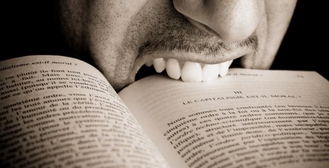 """""""Dévoreur/se"""" ou """"savoureur/se"""" ?!!! Davore10"""