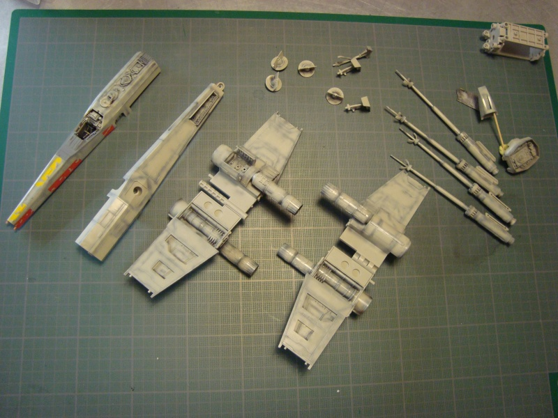 X-Wing Fighter Star Wars, 1/48 FineMolds - Page 2 Dsc02129