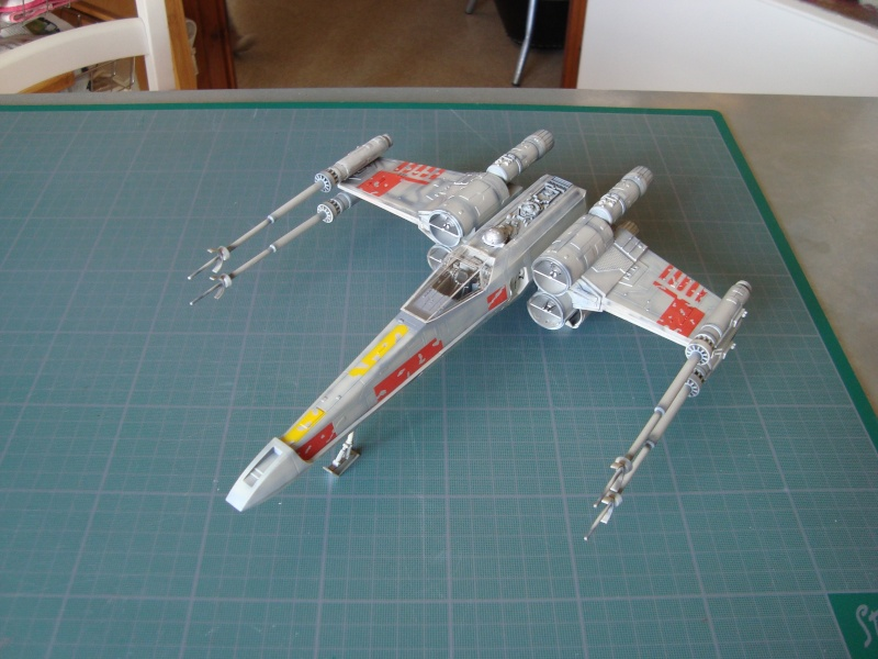X-Wing Fighter Star Wars, 1/48 FineMolds - Page 3 Dsc02133