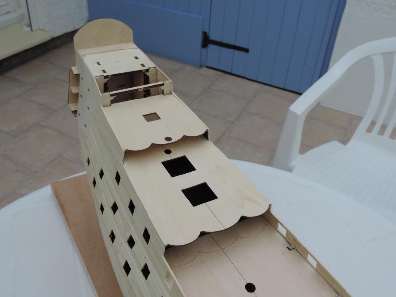 Montage de mon premier modele le Sovereign of the Seas  - Page 2 311