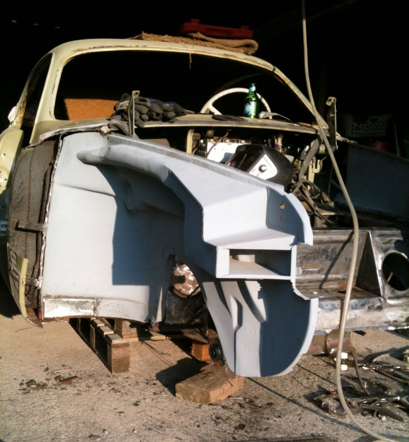 Ma Karmann en restauration apres accident frontale Stehbl15