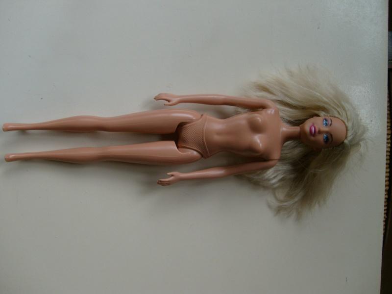 Identifications, toujours des blondes S7301914