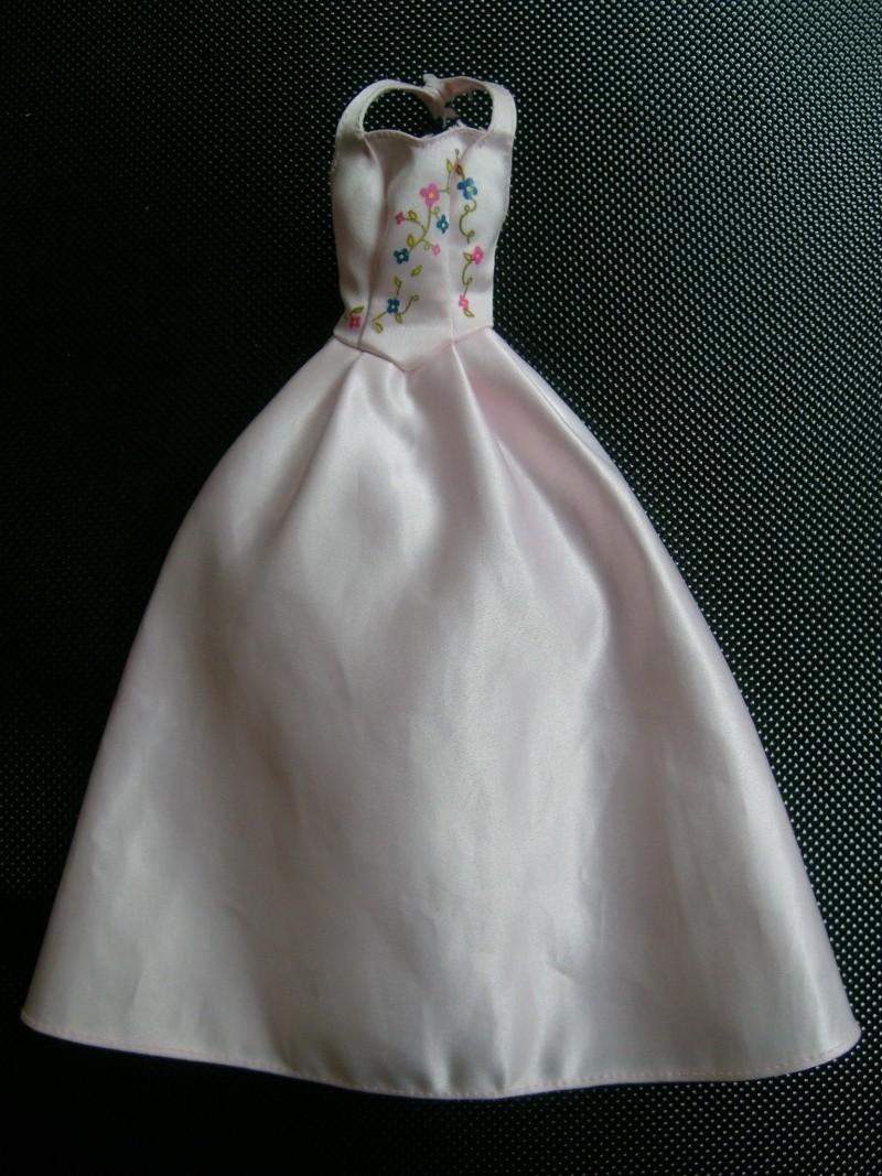 D'autres robes à identifier SVP S7302027