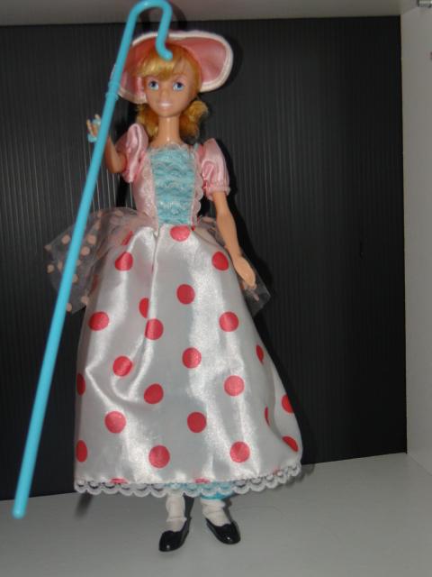 Les petites poupettes et autres trucs Disney D'Elsanna17 - Page 2 Dsc01123