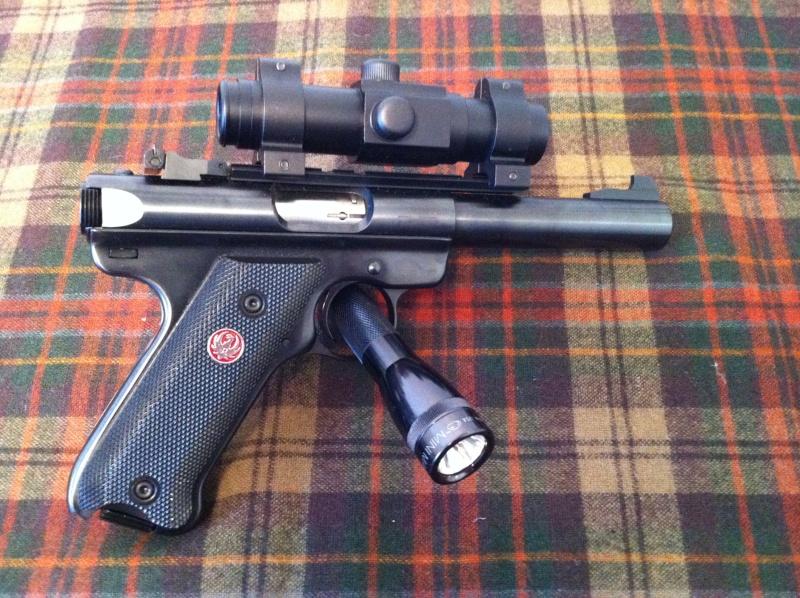 Show Me Your Bullseye Pistols - Page 5 Img_0211