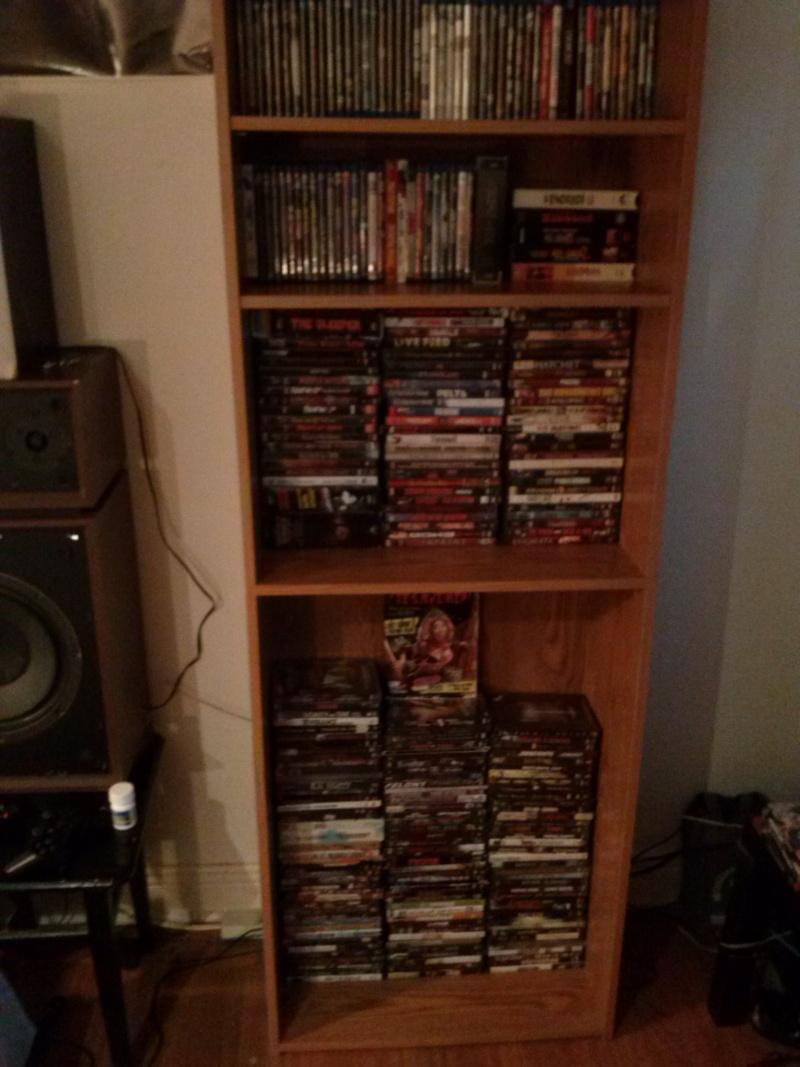 Votre Collection de DVD d'Horreur/Gore/Extreme - Page 2 Cam00410