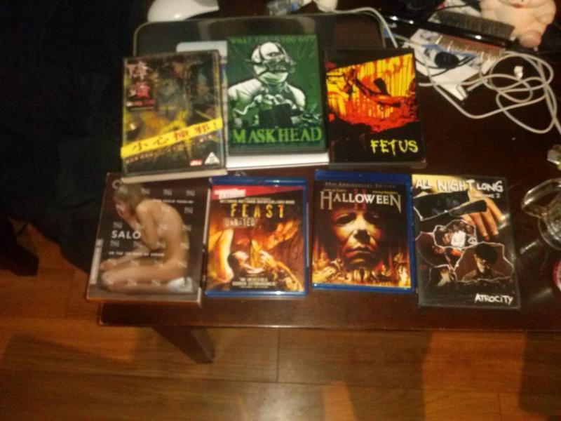 Votre Collection de DVD d'Horreur/Gore/Extreme - Page 2 Cam00411