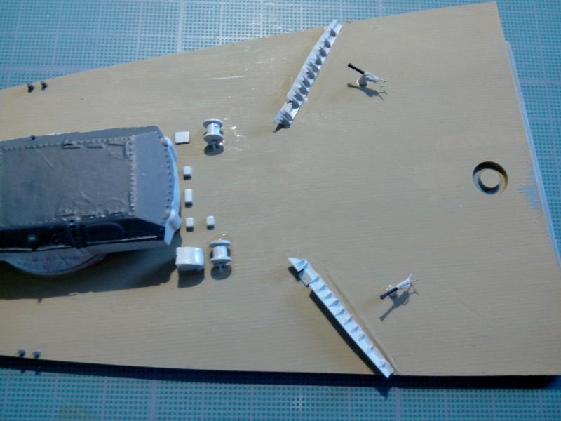 Bismarck par HellCat76 1/350 Academy, kit eduard Img_2015