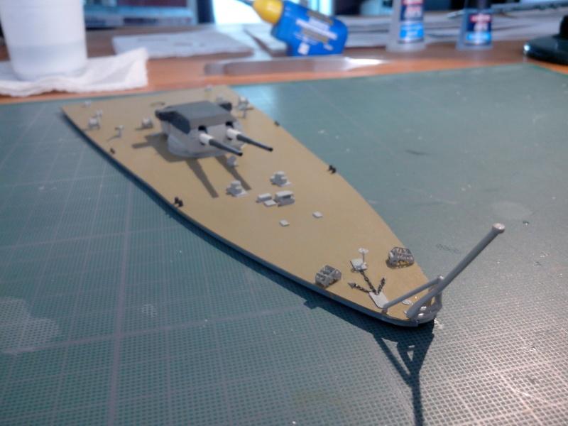 Bismarck par HellCat76 1/350 Academy, kit eduard Img_2022