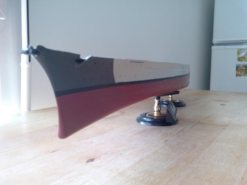 Bismarck par HellCat76 1/350 Academy, kit eduard Img_2026