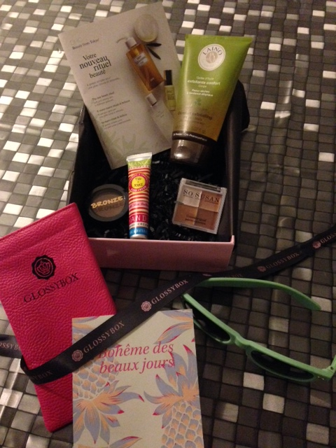 [Juillet 2014] Glossybox - Page 3 Image210