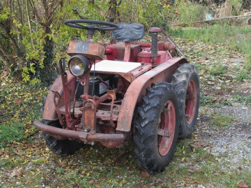 bonsoir à tous voila mon tracteur Img_1135