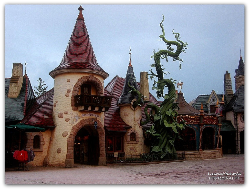Photos de Disneyland Paris en HDR (High Dynamic Range) ! - Page 5 Fantas12