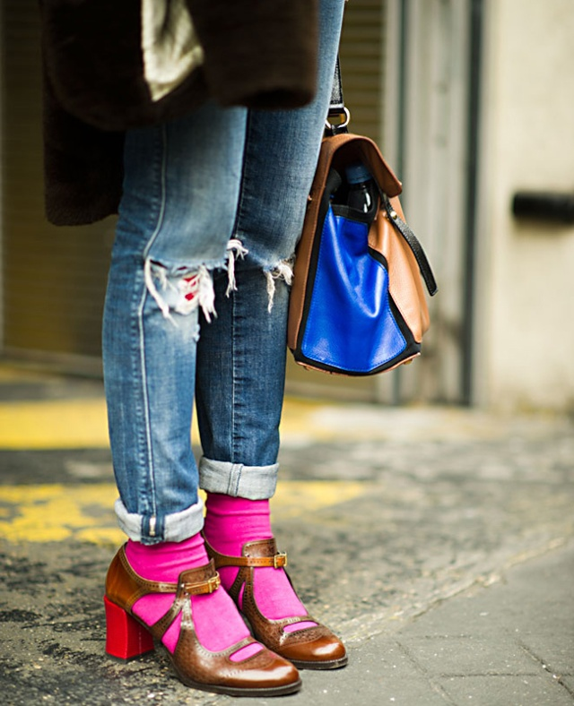 The weirdness we love: Sandals with socks Sandal12