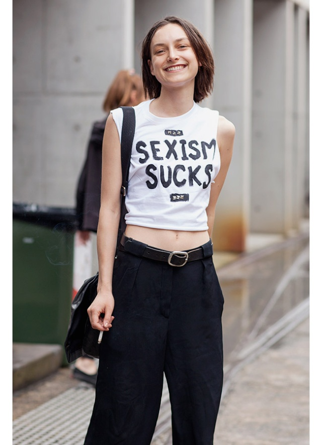 Street Style inspirations ...T-shirt with a capital T in front Tishir10