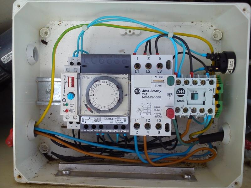 Raccordement élect. PAC pour asservissement filtration Escatop (RÉSOLU) Dsc_0010