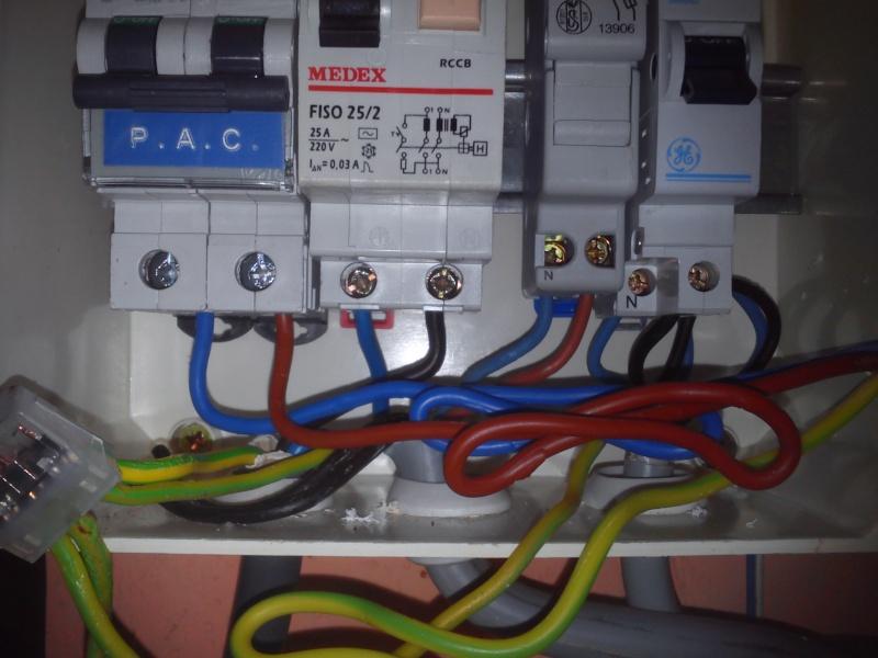 Raccordement élect. PAC pour asservissement filtration Escatop (RÉSOLU) Dsc_0018