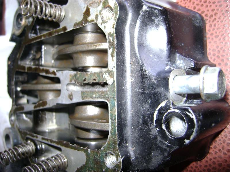 circuit - circuit d'huile taraudage sur cylindre arrière défectueux Dsc04714