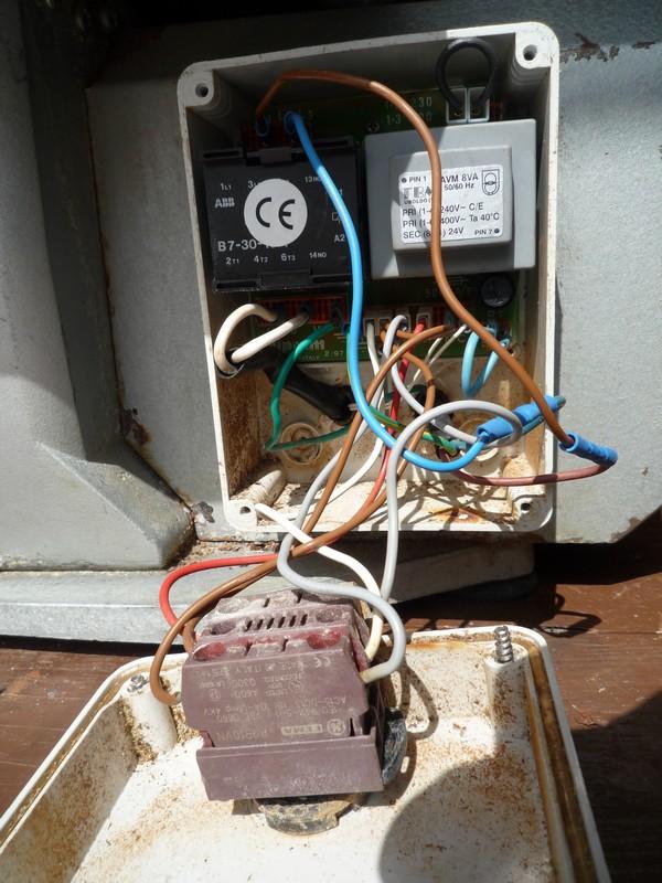 problème interrupteur Photo110