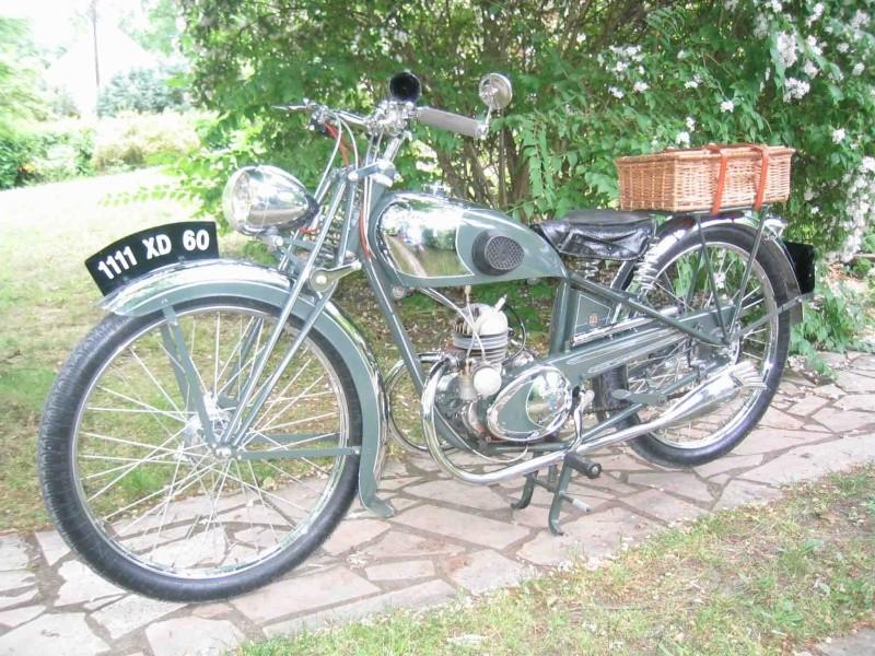 """Mon autre Peugeot """"avant guerre"""" n'a que 2 roues... Img_0025"""