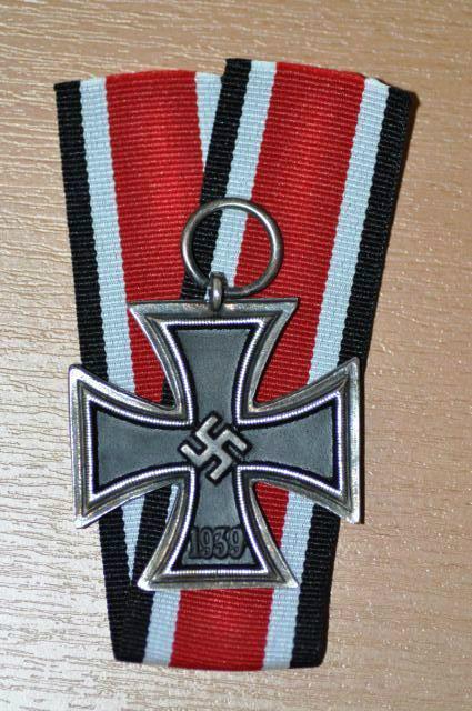 Croix de fer 1er classe 1914 et Croix de fer 2ème classe 1939 110