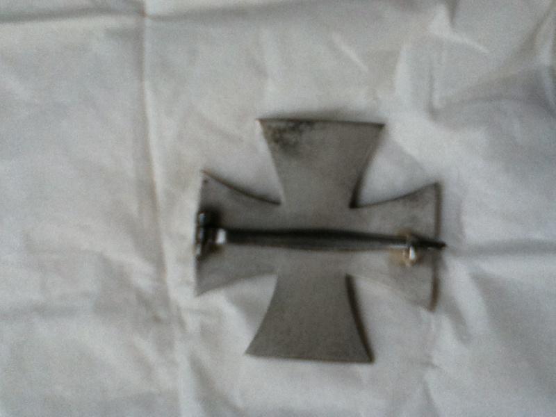 Croix de fer 1er classe 1914 et Croix de fer 2ème classe 1939 Img_0310