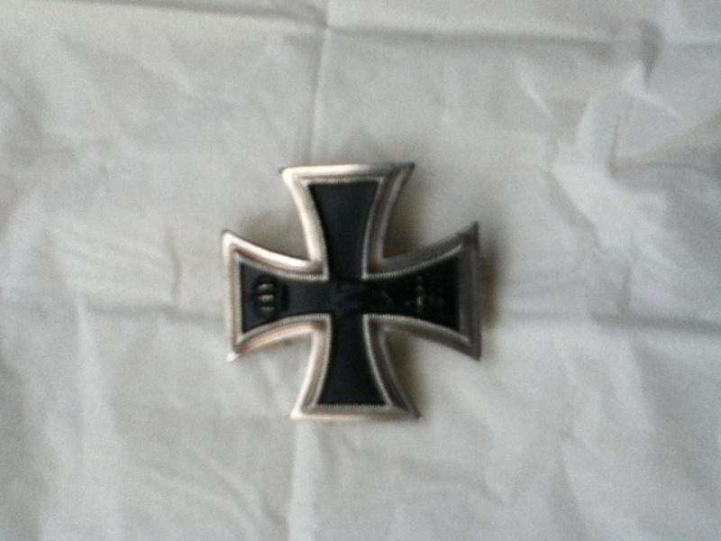 Croix de fer 1er classe 1914 et Croix de fer 2ème classe 1939 Img_0313
