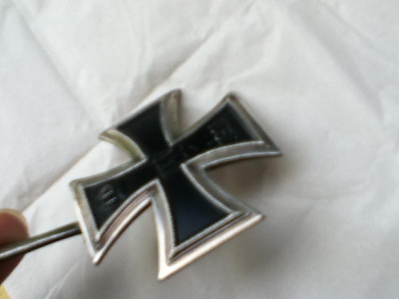 Croix de fer 1er classe 1914 et Croix de fer 2ème classe 1939 Img_0314